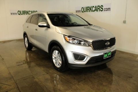 New 2017 Kia Sorento LX AWD